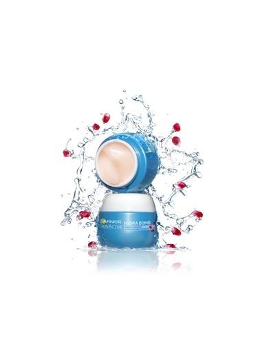 Garnier Garnier Tüm Cilt Tipleri Için Su Bazlı Nemlendirici Krem 50 Ml Renkli